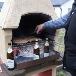 ...mit dem jährlichen Silvester-Grillen, leider mit Regen - den Männer war ihr Bier zu kalt ;-)
