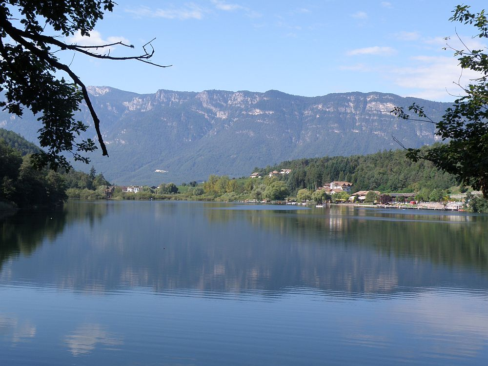 Wanderung um die Montiggler Seen